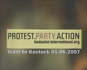Hedonists International in train to Rostock