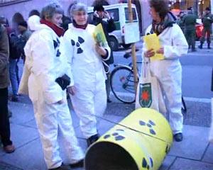 Umzingelung der Tagung des Atomforums