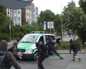 random video: Black Block in Rostock