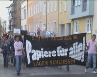 random video: Papiere für Alle! - Demo in Rostock